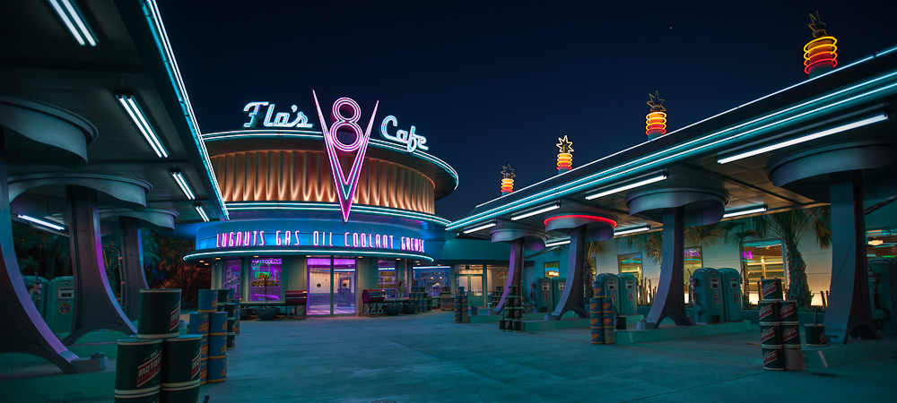 Flo's V8 Cafe
